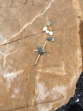 Meditative center stone